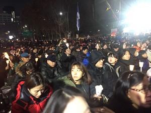 Protesta candele Corea 02