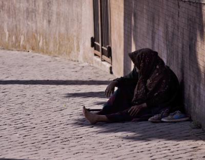 Poverty 02 rid 400