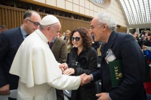 Aipec Papa Francesco rid